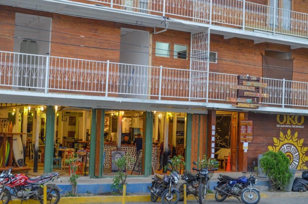 Oro Chocolate Casa-Oro-San-Juan-del-Sur-Front-of-Building-HR-1024x678 Visit